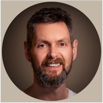 Mat Robinson - The Gregarious Hermit - Meditation coach, mindfulness coach, enlightenment coach
